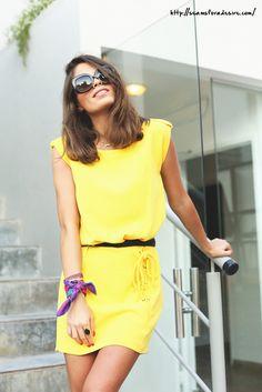 Ideal Jessie con nuestro #anillo Sweet Sensations, el amarillo viene pisando fuerte para esta primavera-verano!