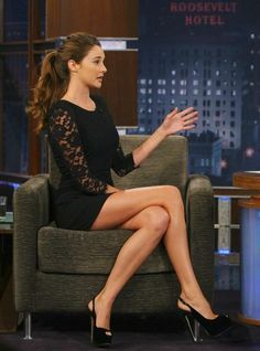 Shailene Woodley- I would totally wear that dress- if it was longer- it's really short jeez.