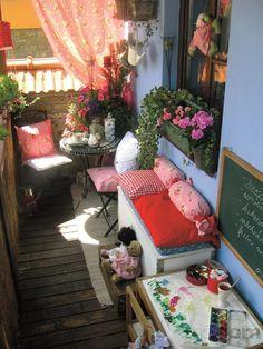 tuin balkon garden balcony bloemetjes flowers roze pink