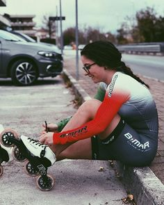 Your passion our inspiration. pattino e sorrido Inline Speed Skates, Skate Wheels, Roller Skating, Hunter Boots, Camilla, Snowboard, Ava, Rubber Rain Boots, Girls