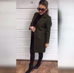 Uvoľnil sa nám tento krásny army kabátik vo veľkosti S  55 ihneď k odberu #army#coat#new#collection