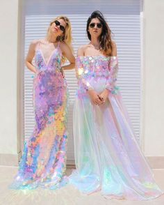 Love the sequins on the dresses and the dress of course. Pretty Dresses, Beautiful Dresses, Prom Dresses, Formal Dresses, Wedding Dresses, Mermaid Dresses, Mermaid Sequin Dress, Mermaid Outfit, Mode Chanel