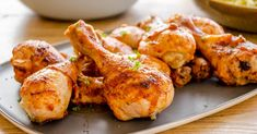 An easy baked chicken drumstick recipe, quick to prepare, succulent to eat. Family meal, kid-friendly