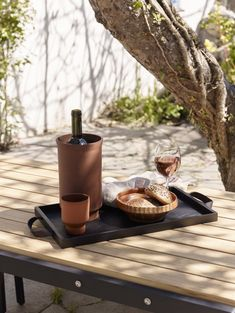 p/buy-skagerak-norr-tray-black-amara - The world's most private search engine Coffee Bars In Kitchen, Outdoor Kitchen Bars, Outdoor Bars, Design Shop, Black Tray, Diy Outdoor Furniture, Diy Slime, Wood Tray, Breakfast In Bed