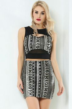 Formal Dresses, Tops, Fashion, Formal Gowns, Moda, Fashion Styles, Shell Tops, Formal Dress, Gowns