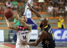 Blog Esportivo do Suíço:  Com show de Shamell, Mogi abre 1 a 0 nas quartas do NBB contra o Vitória