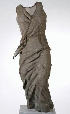 Anna Eggert - Steel sculpture