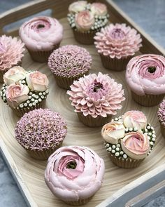 [New] The 10 Best Dessert Ideas Today (with Pictures) - Perfect for a bridal shower these cupcakes are just too sweet to be true! Who loves this idea? Cupcakes by Pretty Cakes, Cute Cakes, Deco Cupcake, Flower Cupcake Cake, Flower Cakes, Tolle Cupcakes, Mocha Cupcakes, Strawberry Cupcakes, Velvet Cupcakes