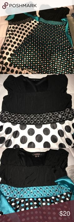 Girl Dresses size 12 Excellent condition 2 Dresses size 12 my Michelle brand... same Dresses different color great for church or special occasions My Michelle Dresses Formal