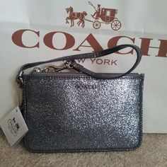 You Can Get More Preferential When You Buy #WhatSheWants #Coach Is Fit & Look Good