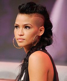 """It takes a lot for a women to cut her hair, but when they choose to """"undercut"""" it, it's just fabulous!  via: naturallycurly.com"""