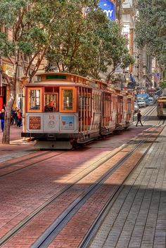 Who wants to Ride a Trolley Car? - San Francisco
