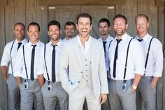 Suspenders for the men in the wedding party! no jacket for groom, just vest..add small boutenir