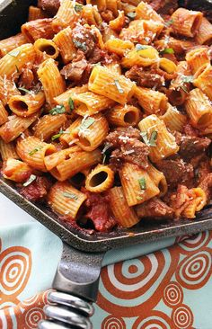 Easy, Hearty Rigatoni with Italian Sausage - Looking for an . - Easy, Hearty Rigatoni with Italian Sausage – Looking for an easy, hearty, delicious dinner recipe the whole family will love? Try my Rigatoni with Italian Sausage! Simple is sometimes best! Sausage Rigatoni, Italian Sausage Pasta, Italian Sausage Recipes, Italian Dinner Recipes, Best Italian Recipes, Delicious Dinner Recipes, Italian Dishes, Turkey Recipes, Pasta With Sausage