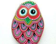 Hand Painted Stone Butterfly por ISassiDellAdriatico en Etsy