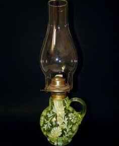 FENTON-ART-GLASS-for-LG-WRIGHT-VASELINE-DAISY-FERN-OPALESCENT-FINGER-OIL-LAMP