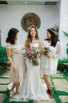 Bohemian Inspired Wedding Dress | Photo: ProudRad