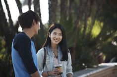 """""""Heirs"""": Lee Min Ho & Park Shin Hye's Sweet Coffee Date 