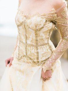 Photography: Honey Honey Photography   www.hoooney.com Wedding Dress: Elaya Vaughn   www.elayavaughn.com   View more: http://stylemepretty.com/vault/gallery/30550