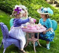 Tea party... what more can I say... Cla loves a tea party with hats... :-)
