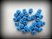 Betűs fagyöngy - kék 30db fagy9