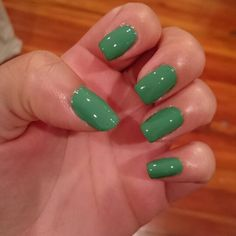 Natural nails w/best topcoat
