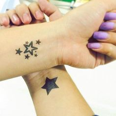 65 Star Tattoos ❖❖❖ ❖❖❖ Want to know more about tattoos of stars ? Check below our article on symbology and references with drawings and photos: Astro with own light and heat. Small Sister Tattoos, Small Quote Tattoos, Small Tattoos With Meaning, Small Tattoos For Guys, Small Wrist Tattoos, Mini Tattoos, Trendy Tattoos, Cute Tattoos, Body Art Tattoos