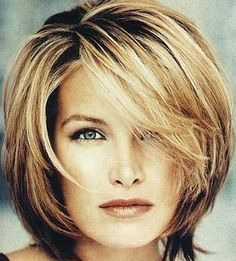 Love this hairstyle...had it for years. When i cut my hair off I'll probably do this look again. Love the color(s)!!