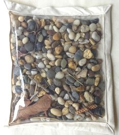 Rocks and leaves sensory discovery bag - Inspired EC ≈≈ Sensory Tubs, Sensory Boxes, Baby Sensory, Sensory Activities, Infant Activities, Activities For Kids, Sensory Play, Infant Toddler Classroom, Toddler Play