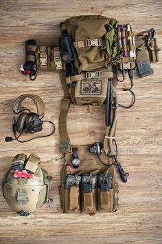 "milsimfreaks: ""AKIRA Marine Raiders, modern-era style Height - 178 cm Tops size - Small Long Bottoms size - Small Long Plate size - Small Gun - SOPMOD Block II Favourite CAMO - Woodland """