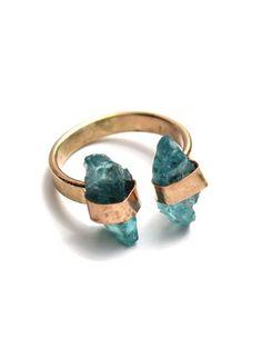 Apatite Horseshoe Ring