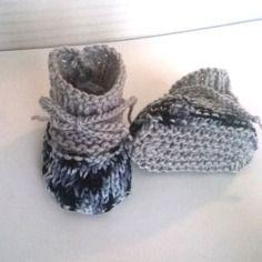Chaussons gris laine bébé tricotés main 3/6 mois garçon fille layette en mailles laine