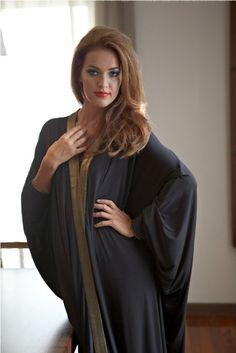 EFFA abaya, Abaya, bisht, kaftan, caftan, jalabiya, Muslim Dress, glamourous middle eastern attire, takchita