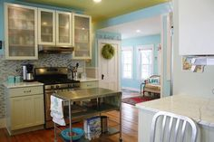 Our 10 Favorite Small Kitchens. just something super cute about this kitchen, the Gestalt