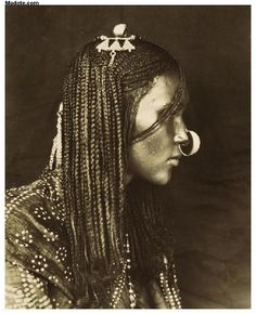 Nubian silver pendant - ethnic jewels
