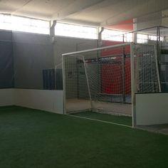 Nuestra pista cubierta en León en un centro impresionante y con un personal excepcional.  Es una de las mejores escuelas de nuestro calendario. Y tú cómo entrenas?