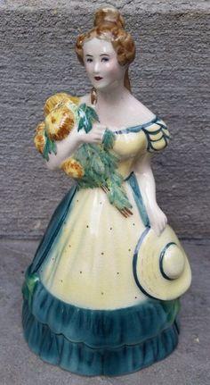 VINTAGE Lady Chrysantemum GOLDSCHEIDER Original Fine China FIGURINE  #Goldscheider