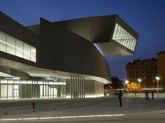 Zaha Hadid e Patrik Schumacher: Museo MAXXI, Roma