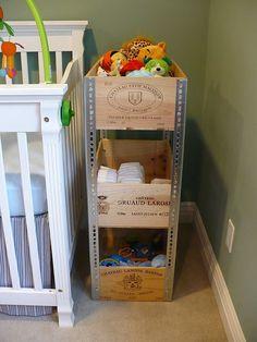 Weinkisten möbel verwenden kinderzimmer stehregal spielzeuge