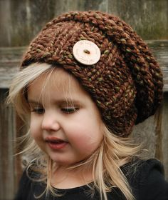 The Brielle Slouchy pattern by Heidi May - makes me wish I could knit! She has cute crochet hats too! Knitting Projects, Crochet Projects, Sewing Projects, Diy Tricot Crochet, Bonnet Rose, Velvet Acorn, Knitting Patterns, Crochet Patterns, Knitted Hats