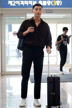 Asian Actors, Korean Actors, Park Seo Joon Instagram, Zayn Malik Style, Korean Men Hairstyle, Joon Park, Park Seo Jun, Seoul Korea, Kdrama Actors