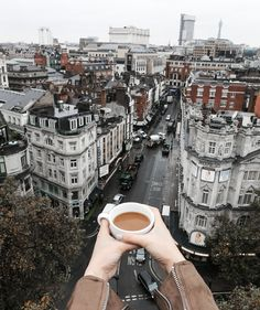 TRAVEL GUIDE TO LONDON ENGLAND IN 24 HOURS