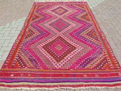 """VINTAGE Turkish Kilim Rug Carpet, Handwoven Rug Kilim,Stars Design, Floor Rug  66,9"""" x 111,8"""""""