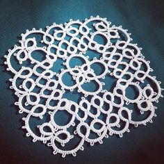 Instagram media by niewcraft - #tatting #tattinglace #タティングレース