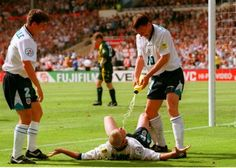 Gazza celebrates wonder goal vs Scotland with Sheringham and Neville, Euro '96
