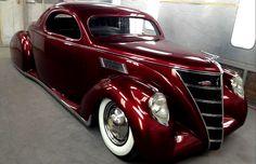 '37 Lincoln Zephyr