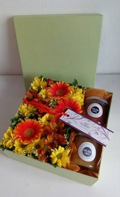Flower Box - germini, chrysanthema, alstroemeria, limonium, marmelades Flower Boxes, Fresh Flowers, Container, Presents, Gift Wrapping, Gifts, Food, Window Boxes, Gift Wrapping Paper