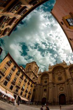 Plaza de las Pasiegas y Catedral de Granada. Foto: @GranadaTurismo en Facebook