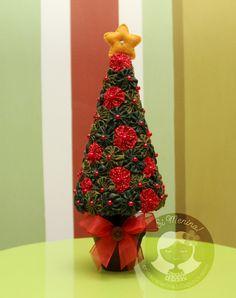 Christmas tree made from yoyos