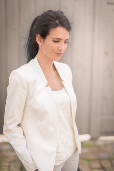 dead end : blazer blanc - we are fashionable Dead Ends, Blazer, Moment, Chic, Blog, Inspiration, Fashion, Skirts, Welcome